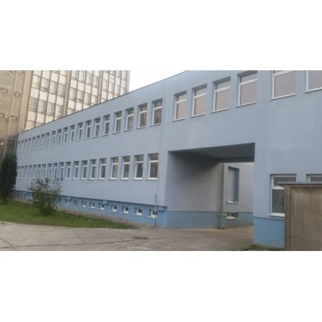 Výmena plastových okien na administratívnej budove