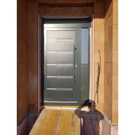 Vchodové dvere hliníkové
